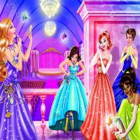 Игры Барби на Балу...